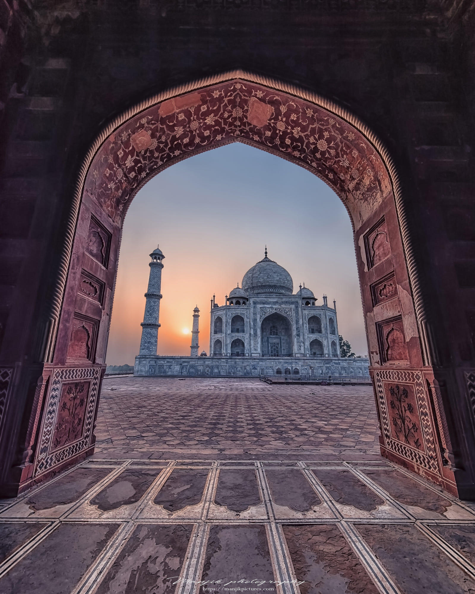 First light on the Taj Mahal
